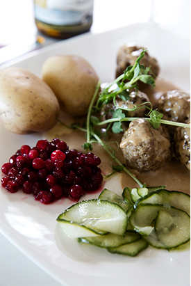 meatballs_and_potato_goodness