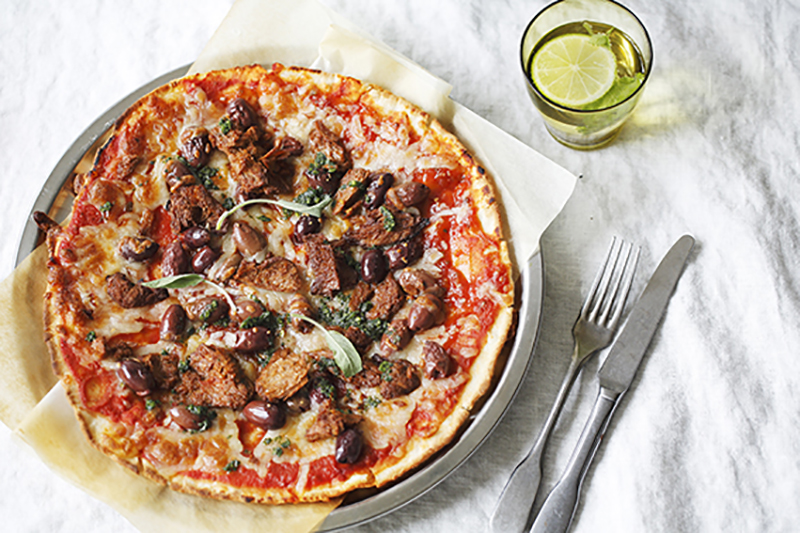 Recipe for Pulled vegan pizza with mozzarella